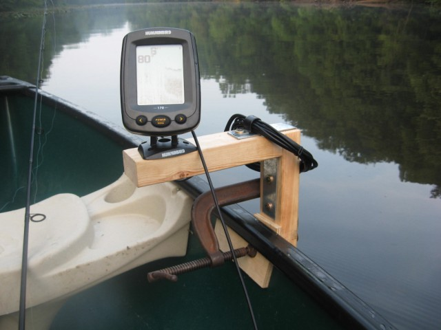 Want to buy a fishfinder for my canoe boating and boat for Fish finder for jon boat