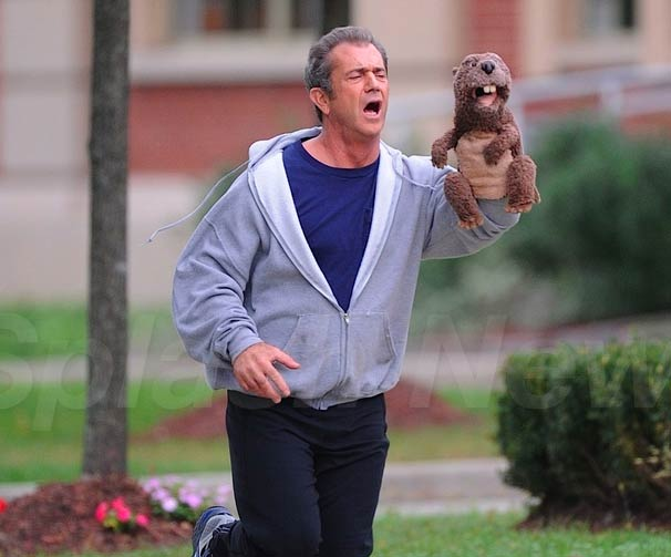 mel-gibson-and-a-beaver-drunk-comedy-fil