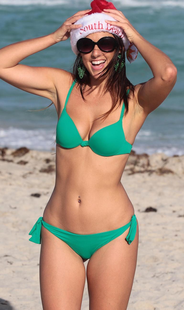 claudia_romani_bikini_santa_miami_beach5.jpg