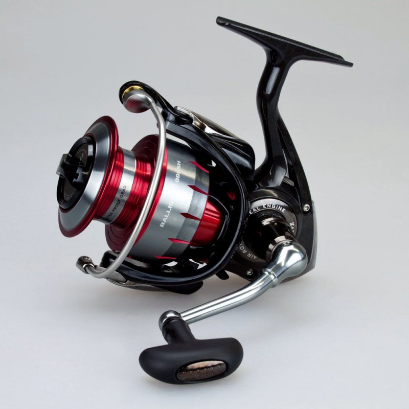 Daiwa Ballistic 4000SH NEW IN BOX WITH PAPERS $150TYD