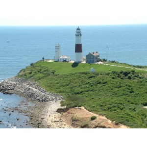 1280px-Montauk_Point_Lighthouse_2008.jpeg