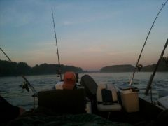 Sleeping the Night on the Boat, going after thouse European Catfish
