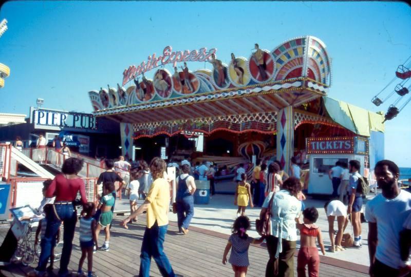 Long Branch - Long Branch Pier Kids World 1970s 3.jpg