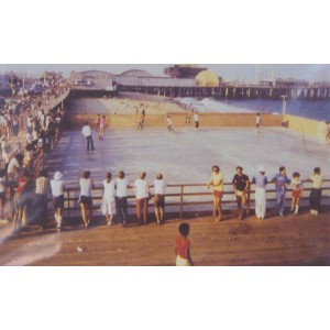 Long Branch - Outdoor Roller rink by Pier 1970's.jpg