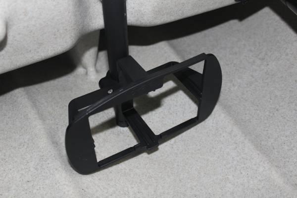 hobie-battery-holder-mast.jpg
