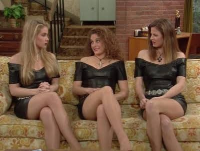 Kelly Bundy legs.jpg