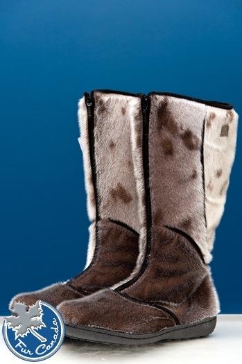 Ladies boots.jpg