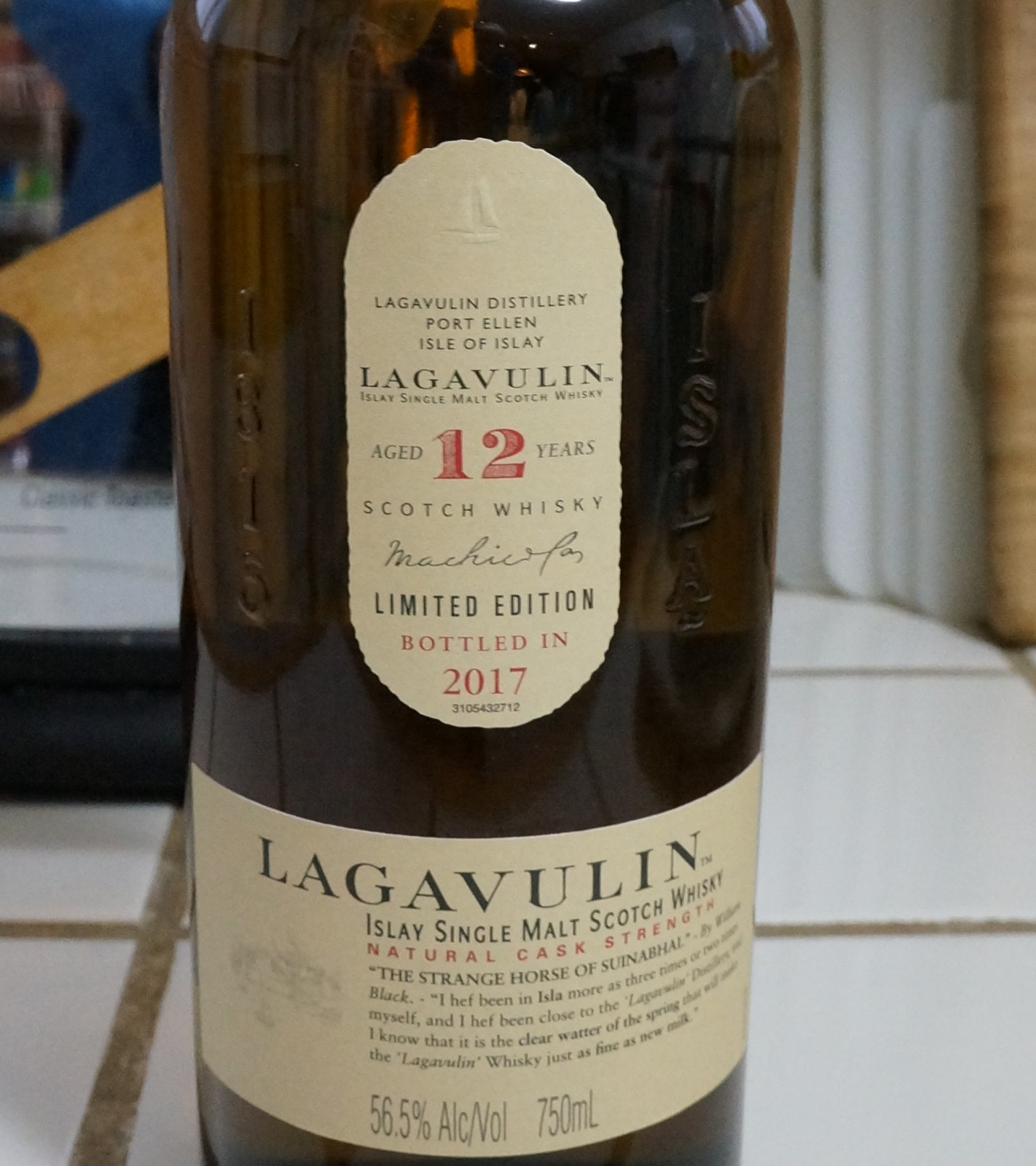 Lagavulin  12 year old 1.4.18 002.JPG