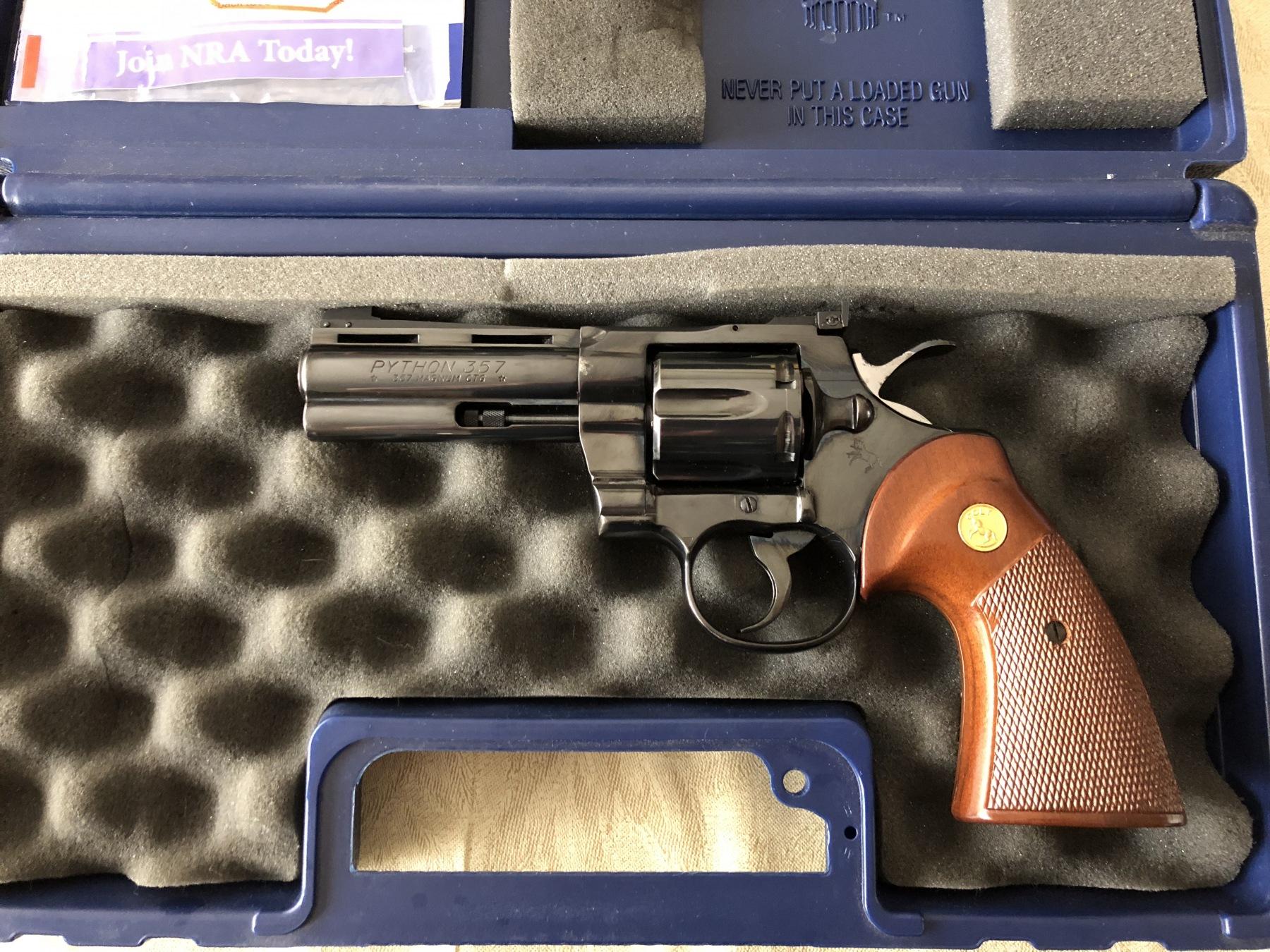 How About A Random GUN PORN Thread?