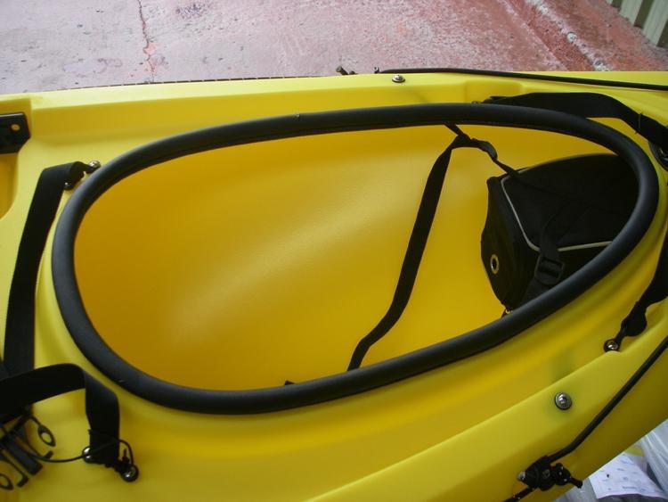 front-hatch.jpg.42a8a07faa139ebfc496670ceaf37735.jpg