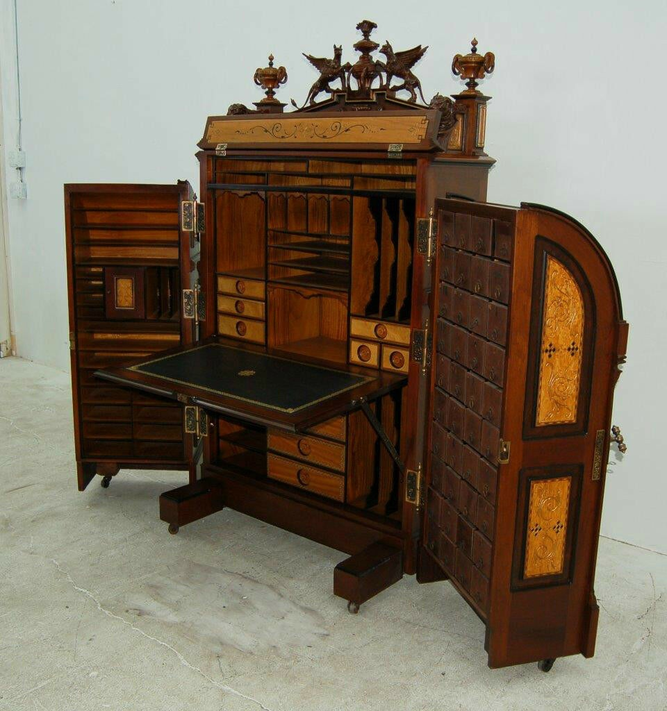 Wooton Patent Desk ebay 250000 dollars 3.jpg